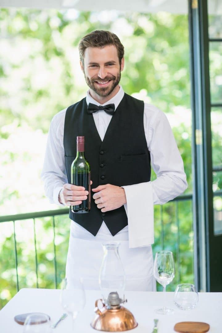 Los uniformes de tus camareros: una potente herramienta de gastromarketing 4