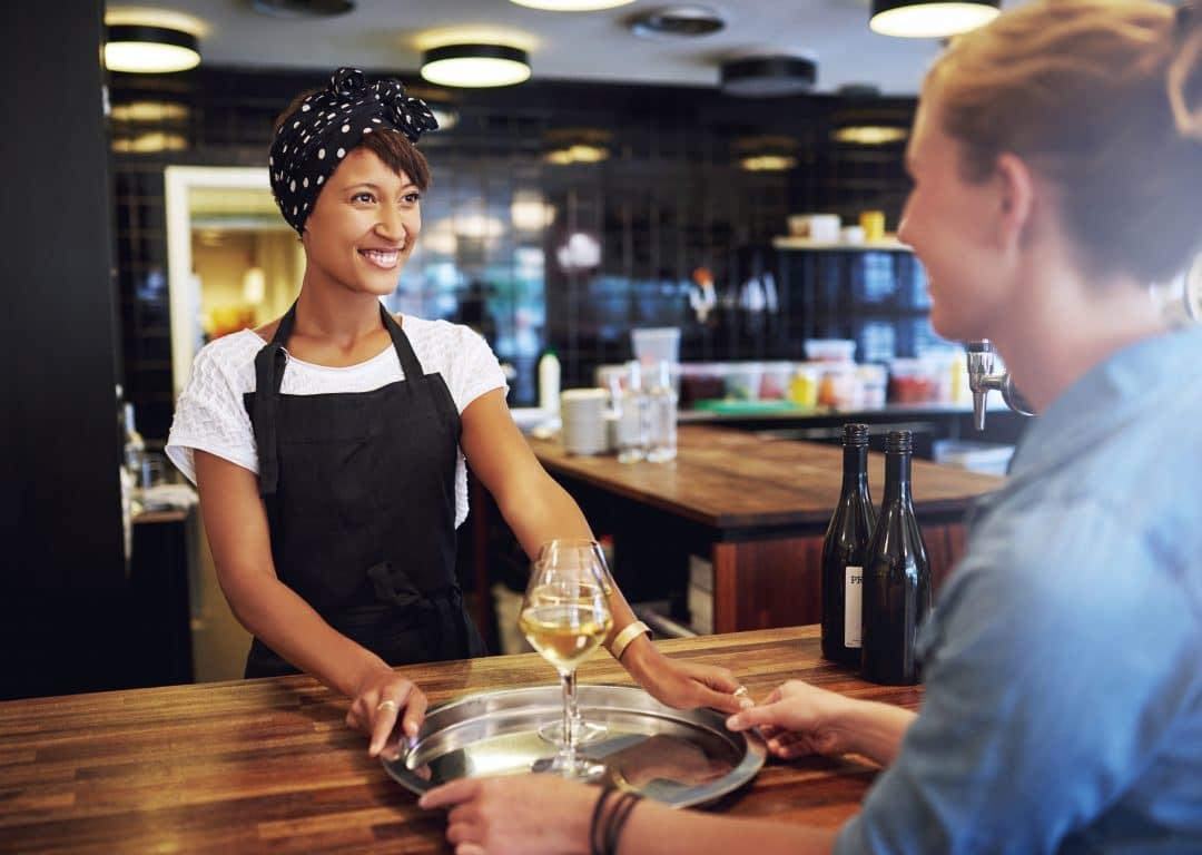 Los uniformes de tus camareros: una potente herramienta de gastromarketing 7