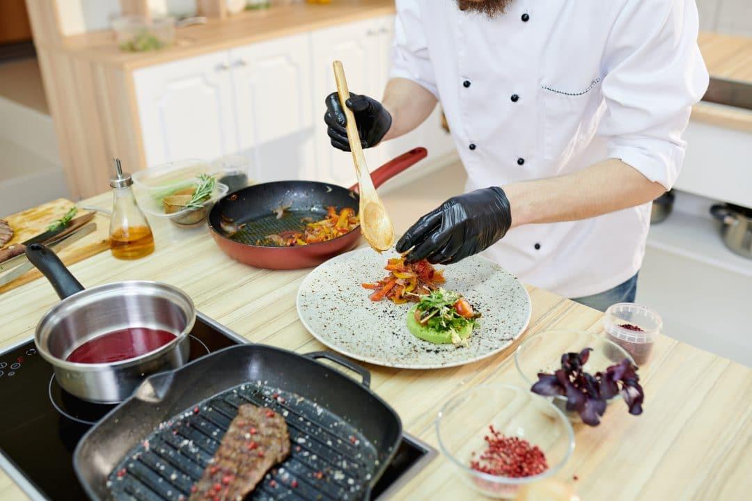 8 Ideas para atraer clientes a tu restaurante en época COVID 1