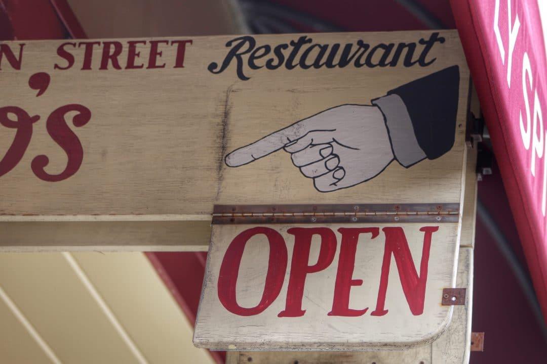 8 Ideas para atraer clientes a tu restaurante en época COVID 2