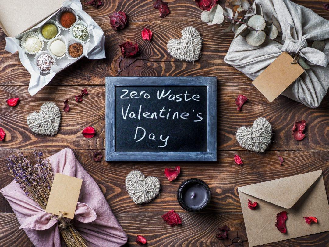 Elementos reciclados para decoración de San Valentín